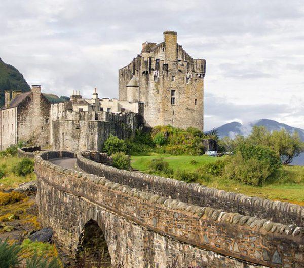 Escócia dos mil castelos
