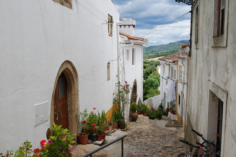aldeias-historicas_gallery0102_castelo-de-vide-ladeira